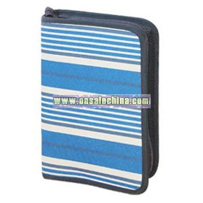 CD wallet holds 48 CDs