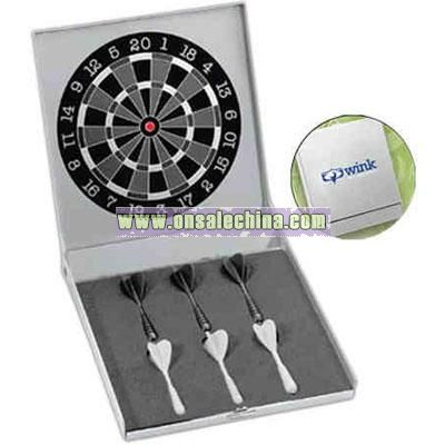 Executive desktop or wall mount dart set
