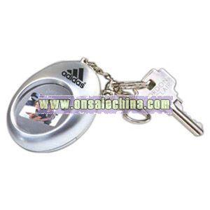 Oval portable digital photo keychain