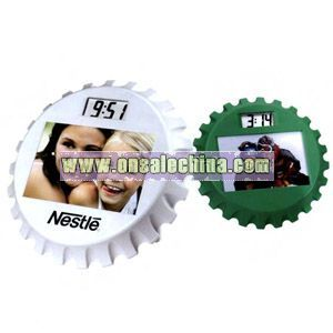 bottle cap shaped photo frame