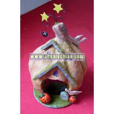 Halloween Craft (Pumkin Statue)