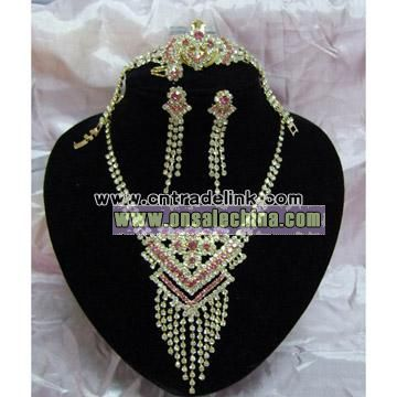 4pc Rhinestone Jewelry Set
