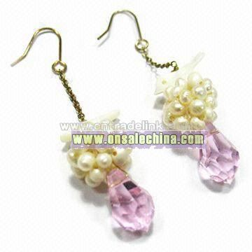 Fashionable Pearl Earrings