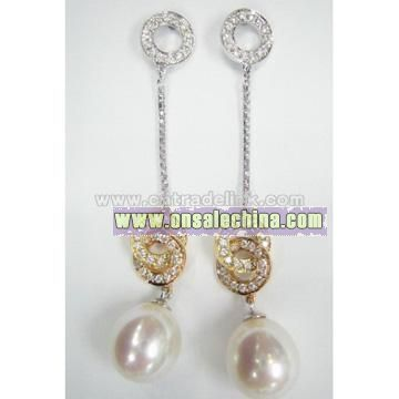 Pearl Fashion Earring