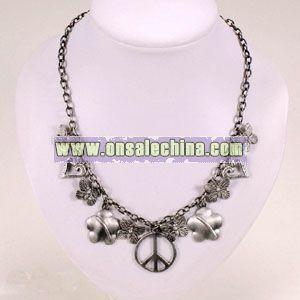 Elegant Necklace Decoration
