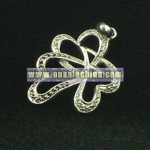 Fashion Heart Pendant with Gemstone