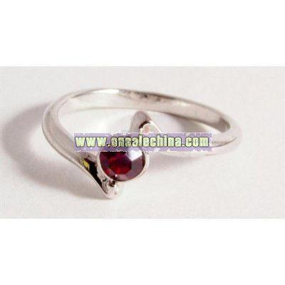 Ladies fashion ring silver coloured metal ring