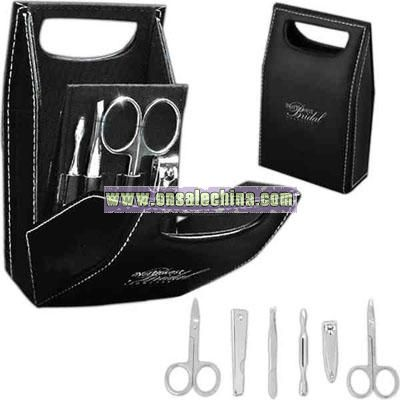Bag-shaped 6-piece manicure set