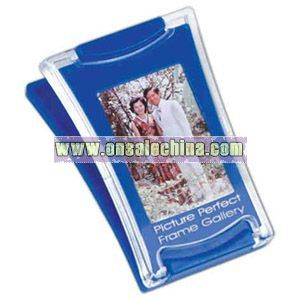 Photo magnetic clip