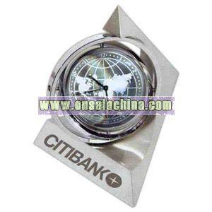 Spinning pyramid gyro globe clock