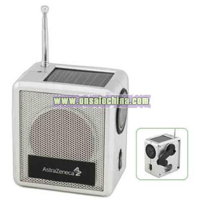 Solar powered AM/FM radio