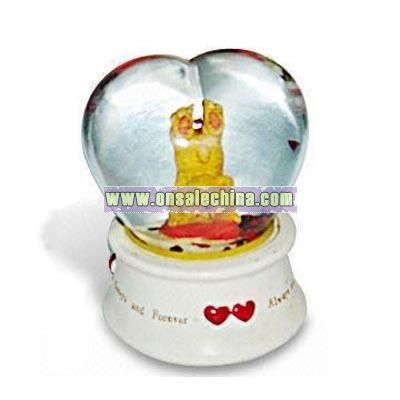 Heart-shaped Snow Globe Decoration