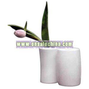 Porcelain concave vase