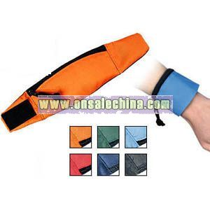 ACTIVE WRIST WALLETS