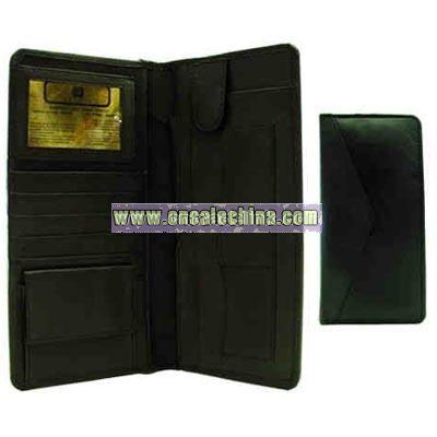 Bi-fold ticket wallet