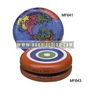 Globe design yo-yo