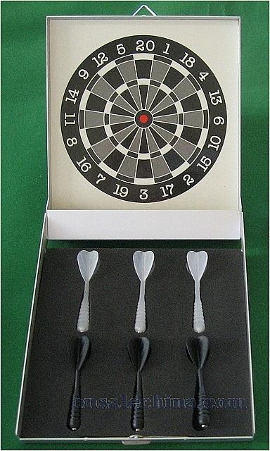 Executive desktop or wall mount dart set