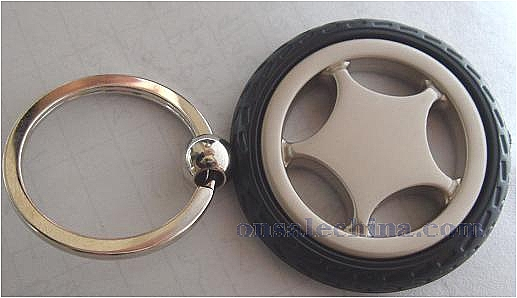 Tire keychain